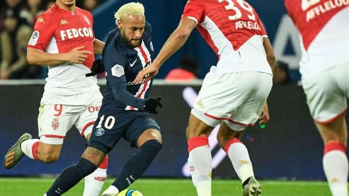 O PSG definitivamente não tem adversário no Campeonato Francês Bbysrw10