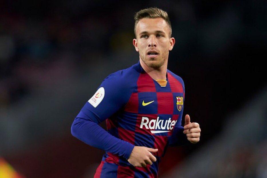 Barcelona pretende convencer Arthur a ir para a Juventus, diz site Exzwrs10