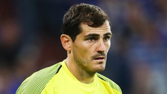 """""""Susto grande, mas tudo controlado"""": Casillas publica foto após infarto Iker-c10"""