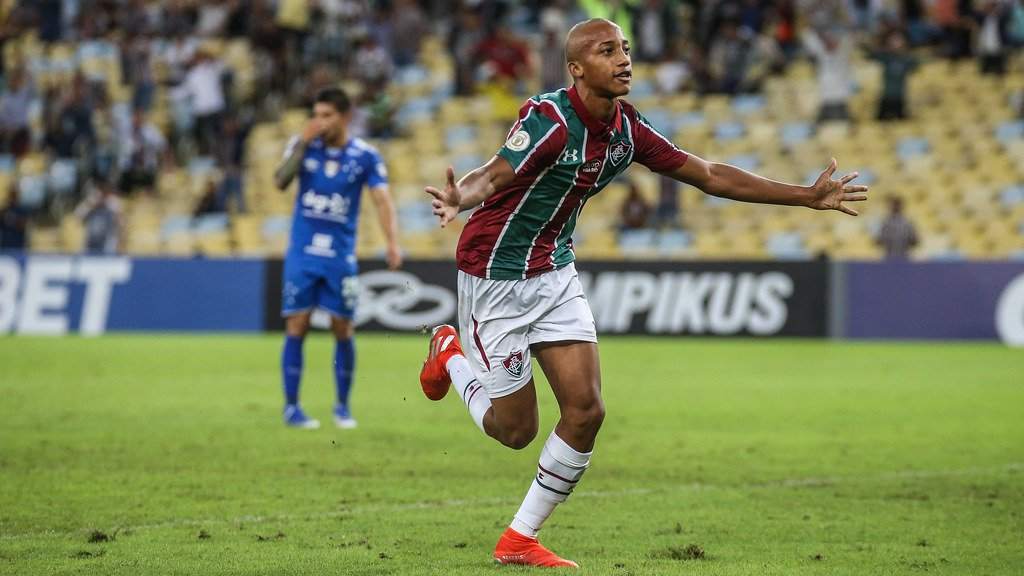 Início de João Pedro supera números de Ronaldo, Neymar e outros Joao-p10