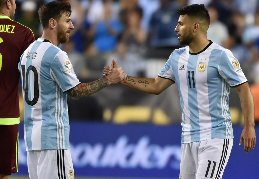 """""""Quero ganhar a Copa América mais pelo Messi que por mim"""", diz Agüero Lionel18"""