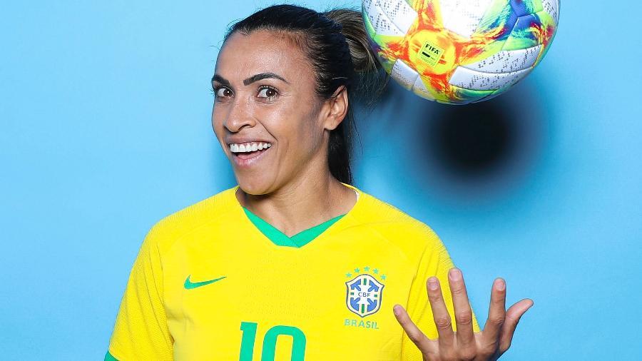 Marta é capa de revista e cobra igualdade de gênero no futebol Marta-12