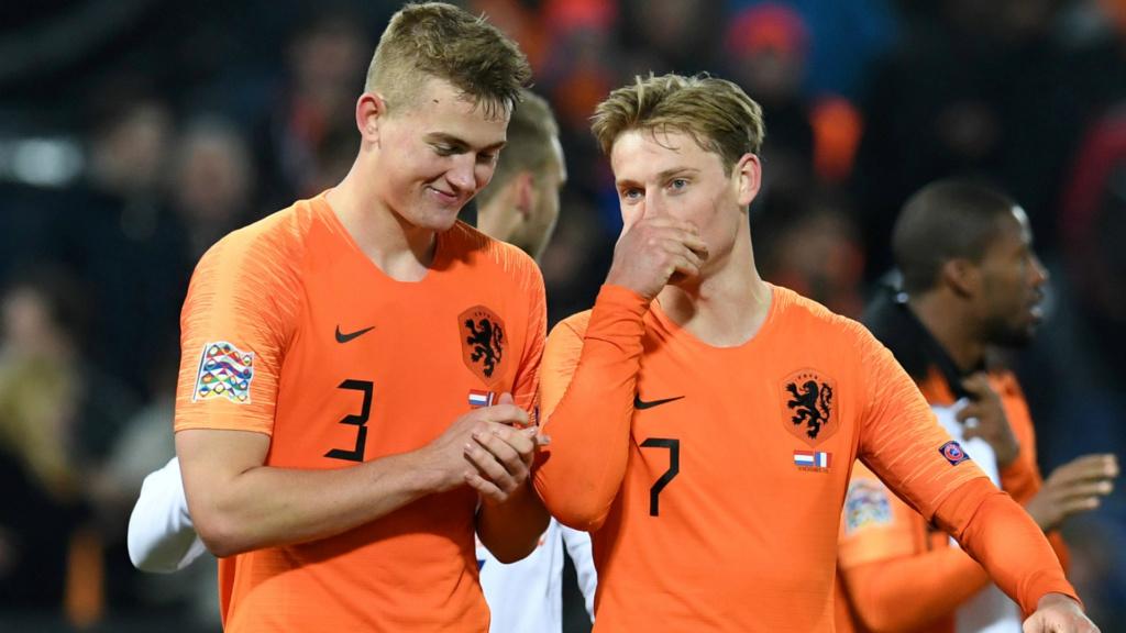 """""""Depende dele"""", diz De Jong sobre possível reencontro com De Ligt no Barcelona Matthi10"""