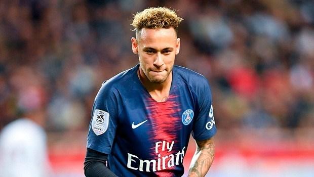 Neymar aceita reduzir salário e avança em acordo com Barcelona, diz jornal Neymar24