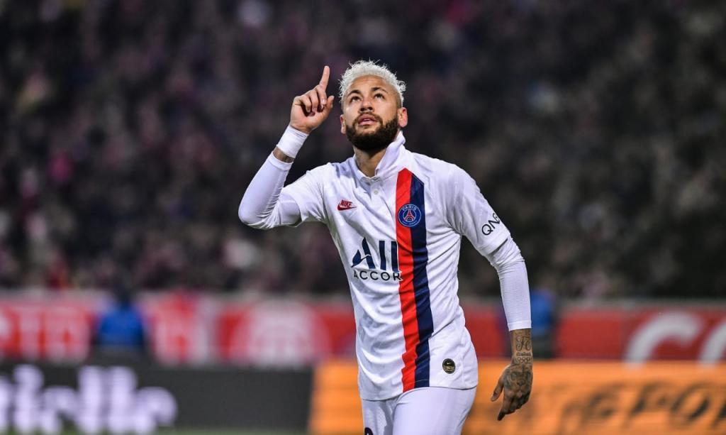 """Neymar, 15 gols em 17 jogos na temporada: """"estou na minha melhor forma"""" Neymar32"""
