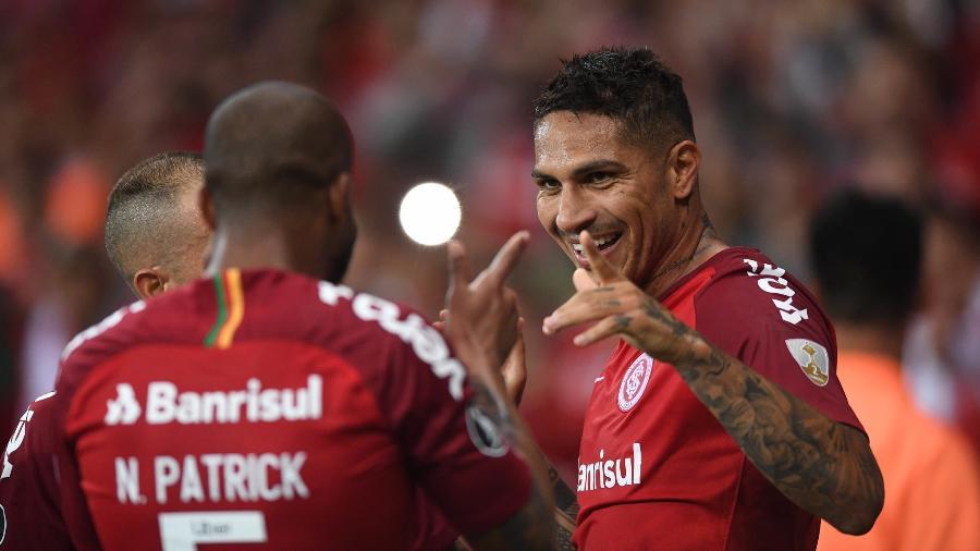 Guerrero salva Inter na Copa do Brasil e reencontra a sua melhor versão Paolo-13