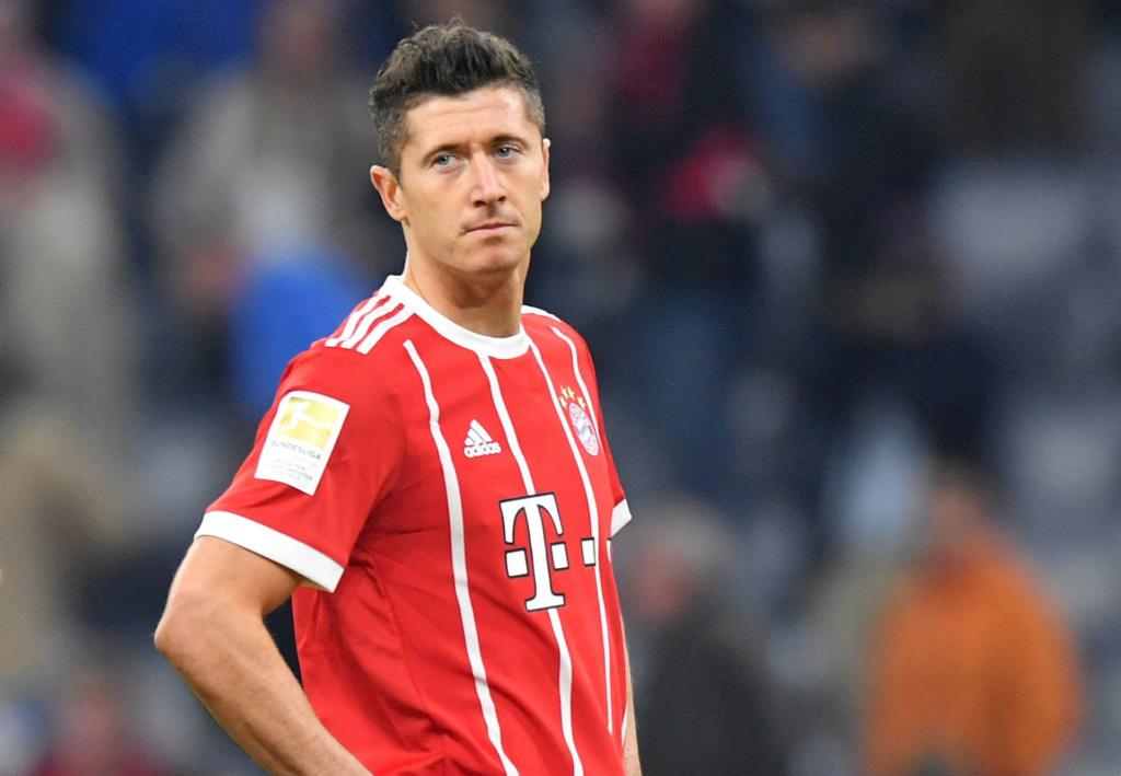 Lewandowski e Coman trocam socos e clima esquenta em treino do Bayern Robert10
