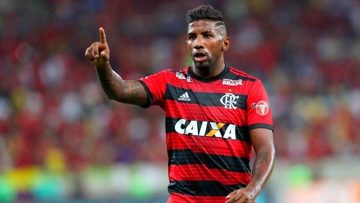 Santos busca contratação do lateral Rodinei, do Flamengo Rodine10