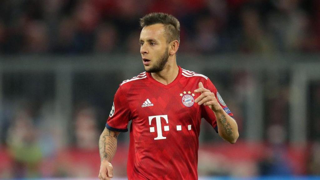 """Rafinha manda recado ao Bayern: """"Se precisar de mim, é só chamar"""" Rwpkwb10"""