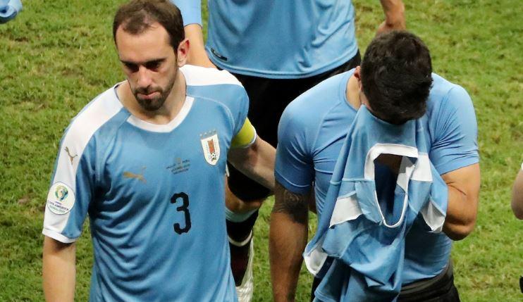 Uruguai pressiona, tem três gols anulados e diz adeus à Copa América Urugua10