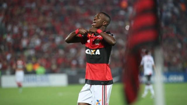 Vinícius Júnior fala em voltar ao Flamengo e ganhar a Libertadores Vinici12