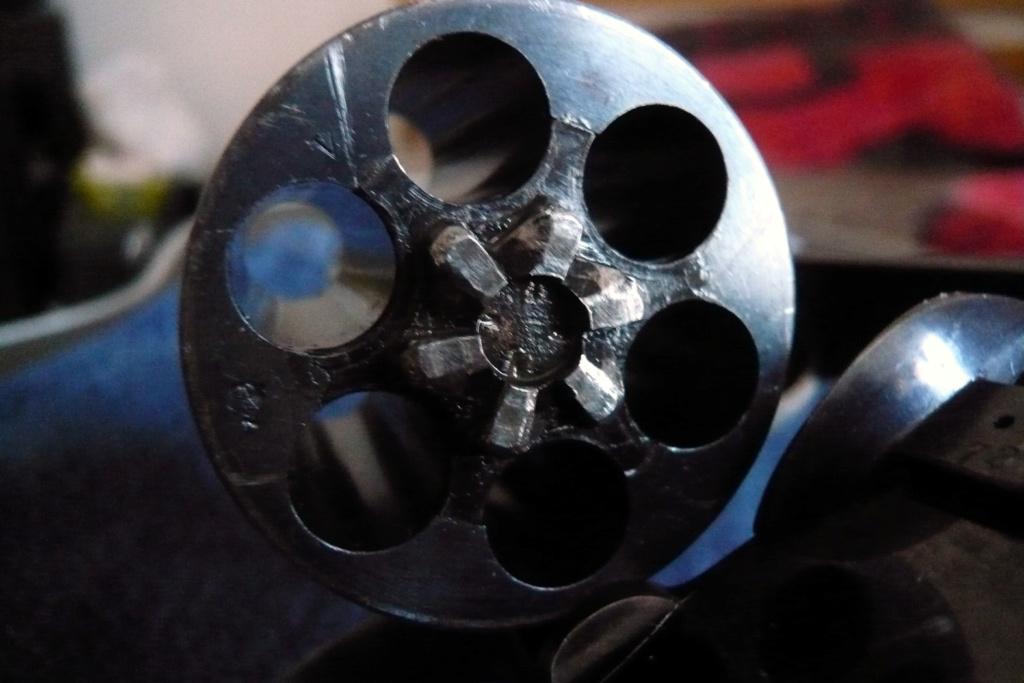 revolver Colt 1892 ammunition P1010911