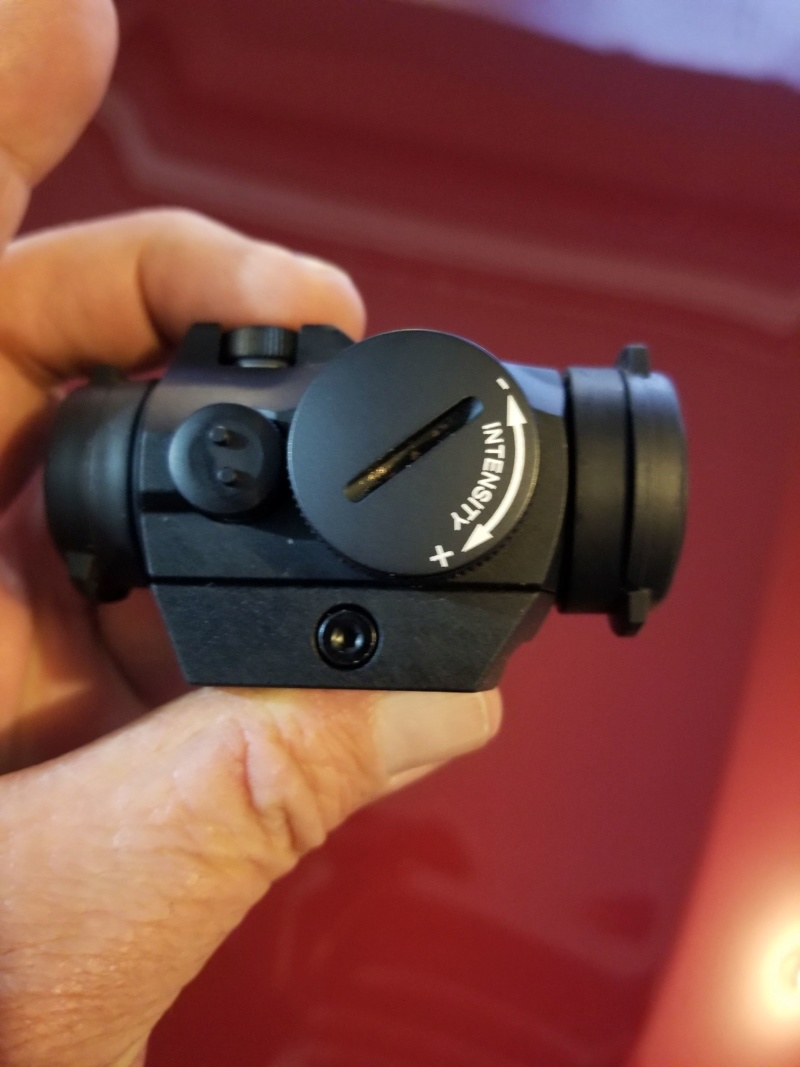 Aimpoint H2 red dot 20200121
