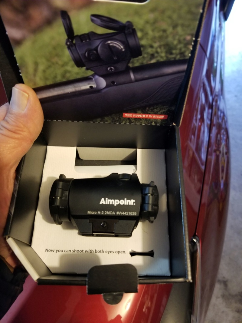Aimpoint H2 red dot 20200123