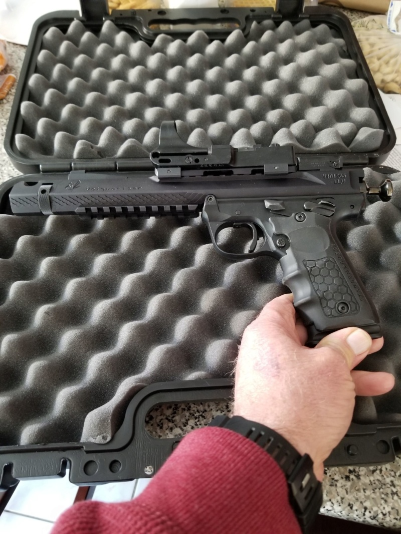 The Amazing Volquarsten Pistol and optic  review. 20200215