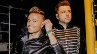 Nicky Byrne desmiente que piense que las actuaciones de Little Mix son `sexuales' Nb10