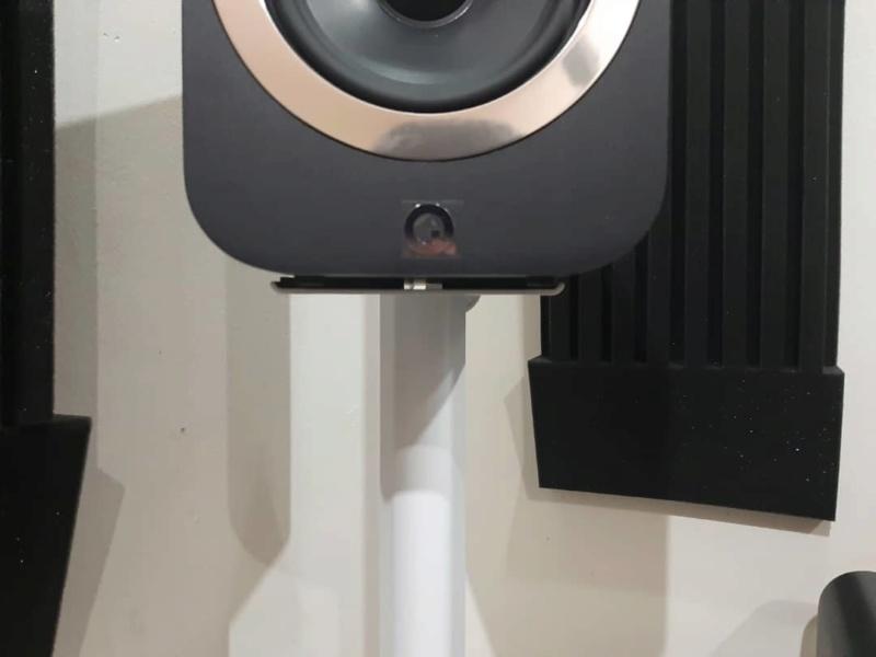 Q Acoustics 3020i speakers + 3000st speaker stand Whatsa14