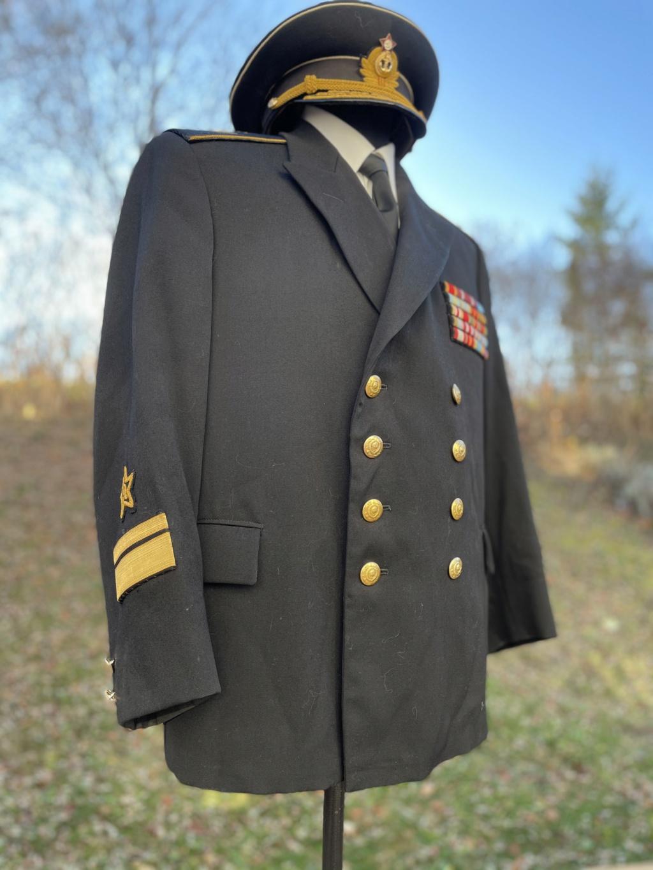 Ma collection d'uniformes et de médailles - Page 2 0119d410