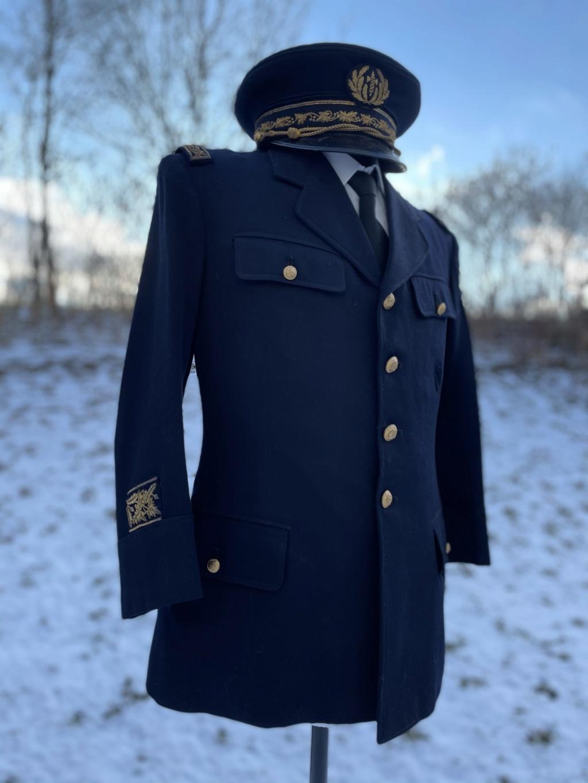 Ma collection d'uniformes et de médailles - Page 2 5115b810
