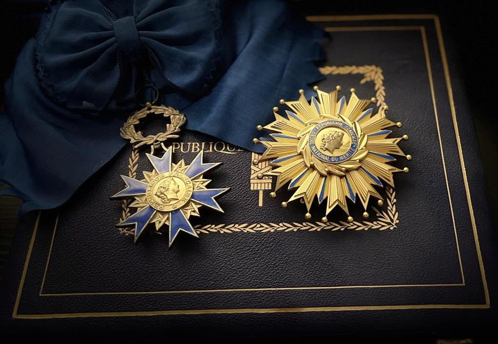 Deux séries de belles médailles françaises. Ca5e5410