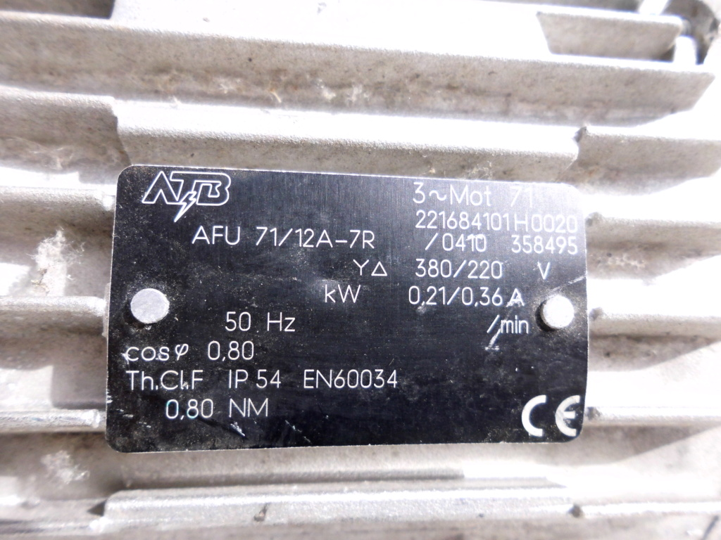 comment brancher et tester un moteur électrique  Dsci0421