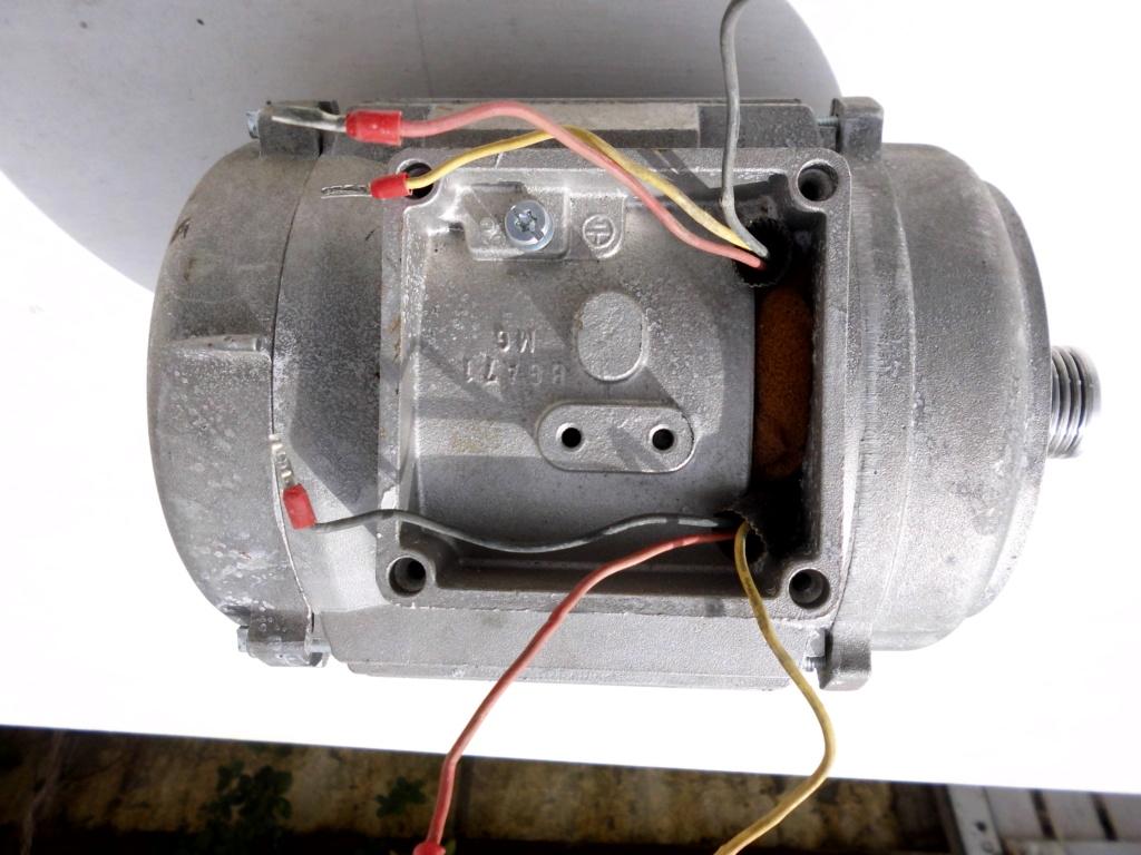 comment brancher et tester un moteur électrique  Dsci0422