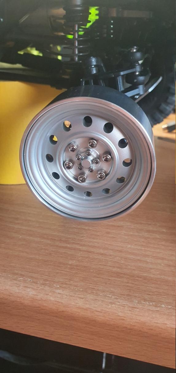 Quels sont les meilleurs pneus pour scale et crawler : Comment choisir ? Performances ou Réalisme ? - Page 3 411