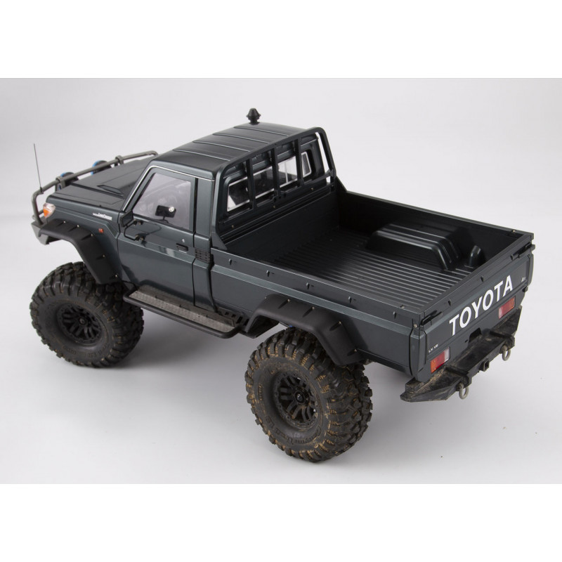 Toyota LC80 HDJ80 sur chassis Scx10 - Page 5 Killer11