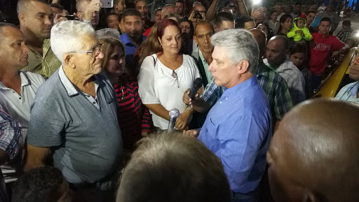 ¿Cuánto mide Miguel Díaz Canel? - Altura - Real height Unname20