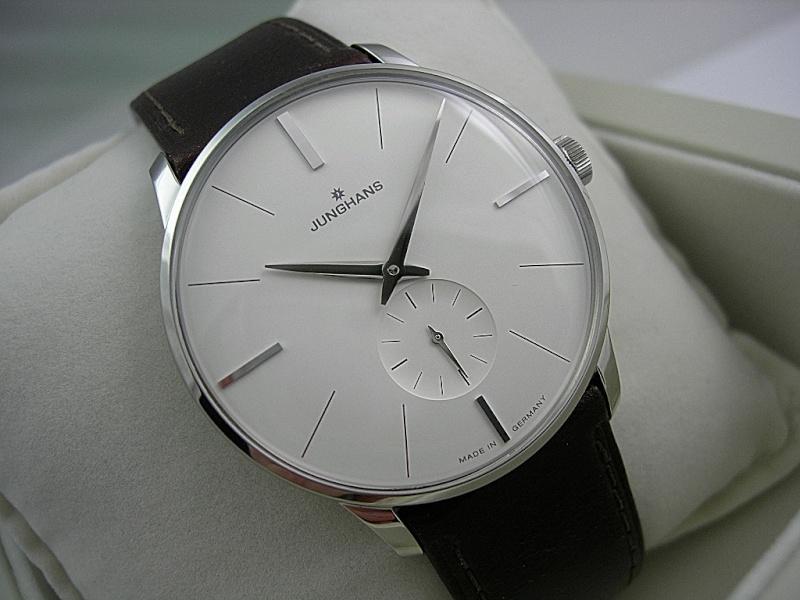 Topic des montres Slim / Thin / pas épaisses quoi ! Dscn7012