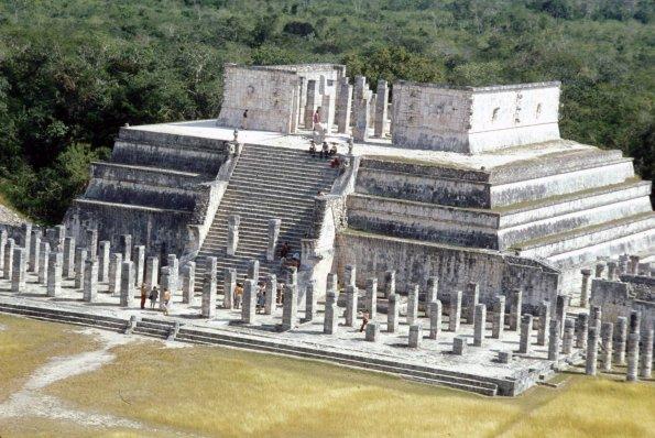 LE TEMPLE DES GUERRIERS -- CHICHEN-ITZA Temple11