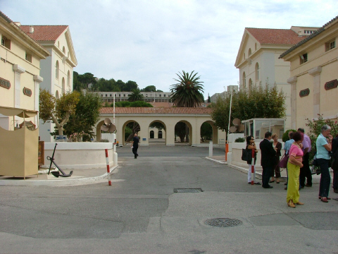 [Les écoles de spécialités] ÉCOLE DES ARMURIERS DE SAINT-MANDRIER Tome 5 195-3_10