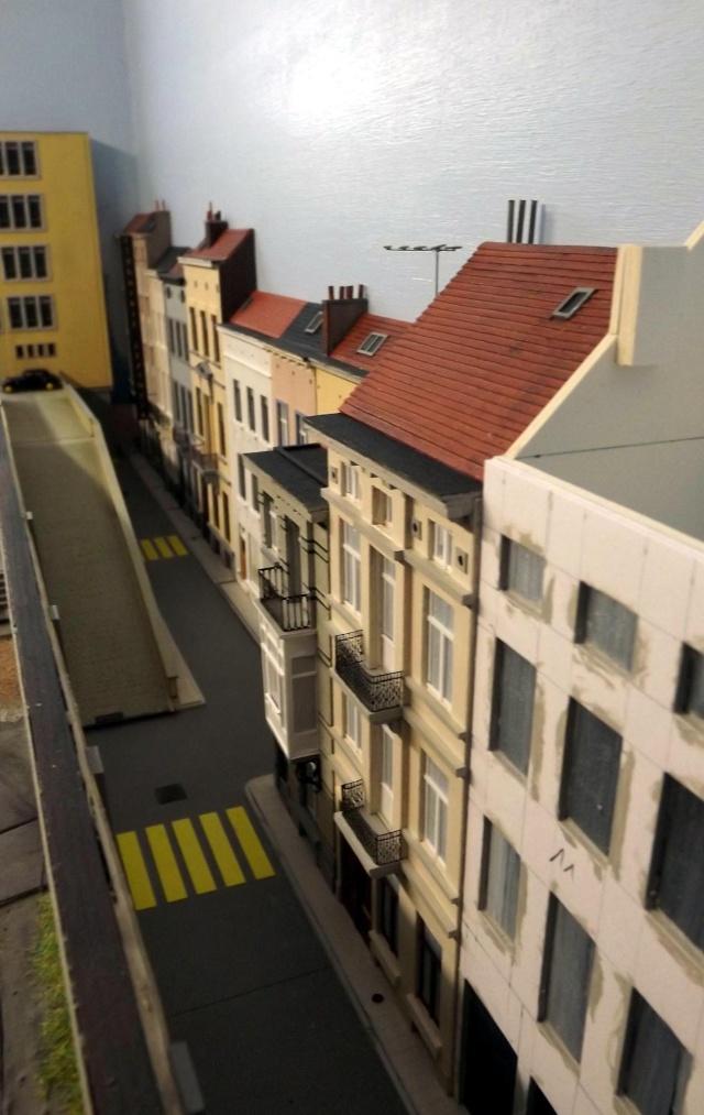 Bruxelbourg Central - Un réseau modulaire urbain à picots - Page 2 Maison19
