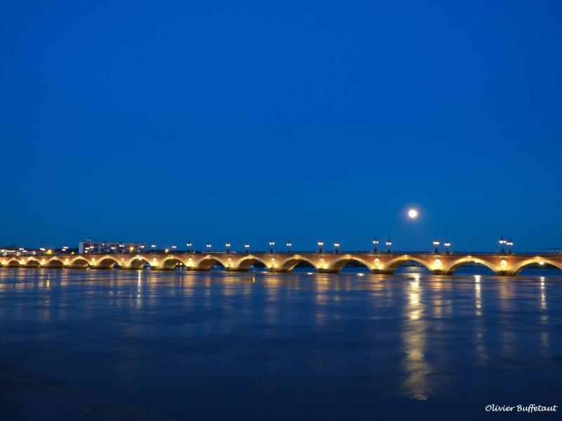 Bordeaux sous la pleine lune  P1010014