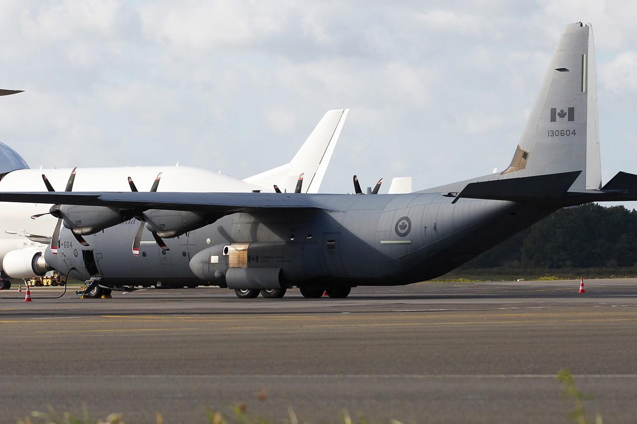 [14-15/11/2013] Lookheed Hercules C130J (130604) Canada Air Force Grx_8710