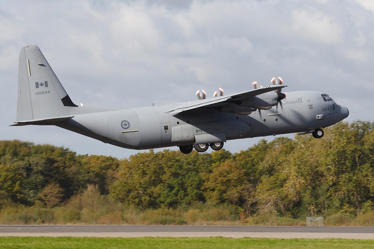 [14-15/11/2013] Lookheed Hercules C130J (130604) Canada Air Force Grx_8810