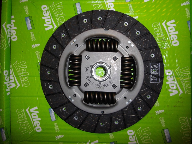 Kit 4 pieces VALEO ( embrayage + volant ) - Page 2 Imgp1315