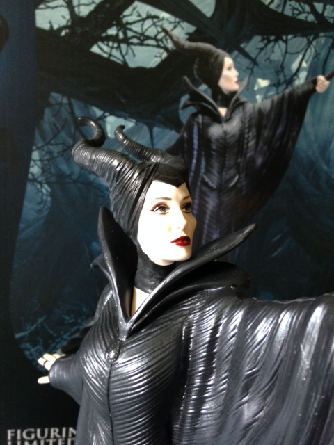 Maleficent - Page 17 Photo_10
