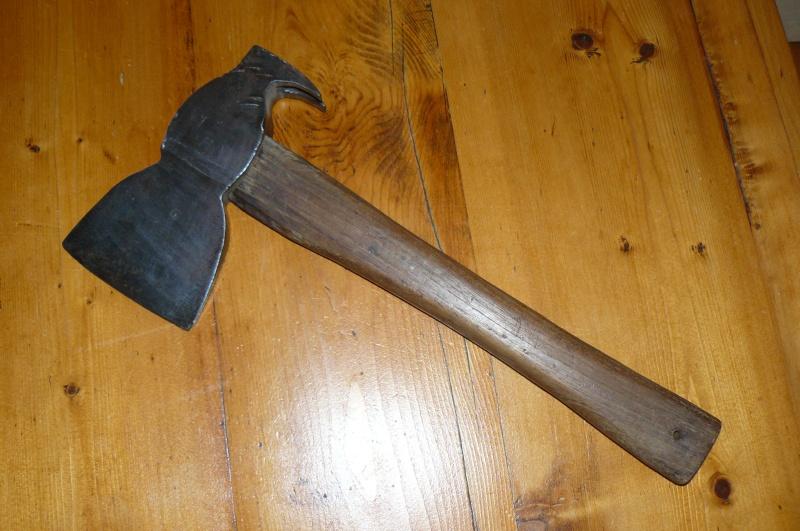 Vos Coupes- coupes , haches,machettes etc..     P1070728