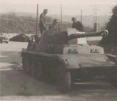 Semi chenillé: Panzer Selbstfahrlafette II 7,5 cm Kan. L/41 auf Zgkw.5t HKP902 Pz_sel10