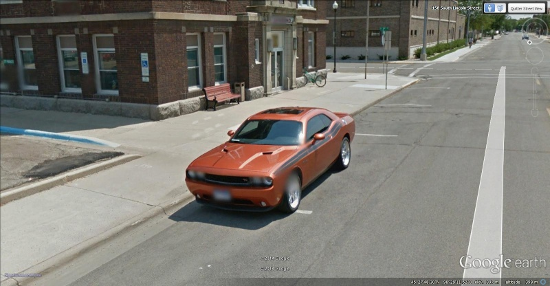 STREET VIEW : belles voitures (Monde) - Page 38 Challe10