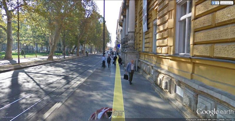 STREET VIEW : les Google bike se faufilent partout... Velo210