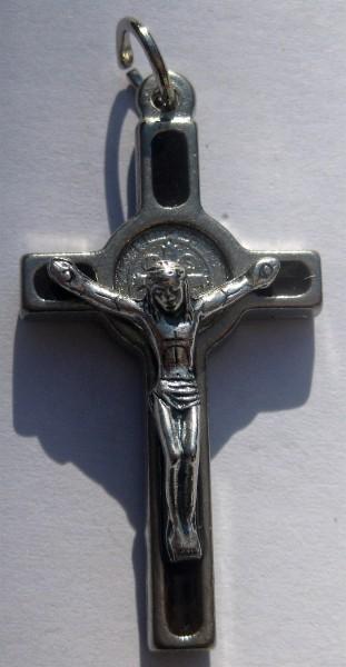 Protection magie noire etc  Crucif10