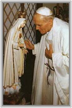 """Prophéties sur Jean-Paul II : """"Le Pape de la Vierge Marie"""" + """"Le Pape de la Fin des Temps"""" ! - Page 2 Fatima10"""