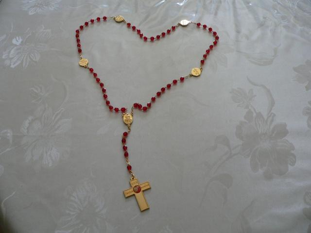 Angéla et le petit chapelet d'amour P1060310