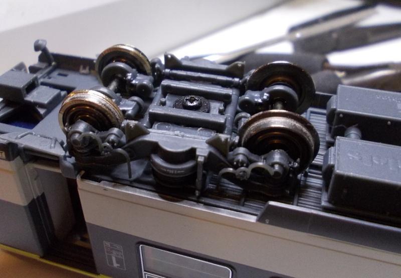 Transformations, montage de kits, superdétaillage ou la présentation de votre matériel roulant. - Page 4 Dscn4415