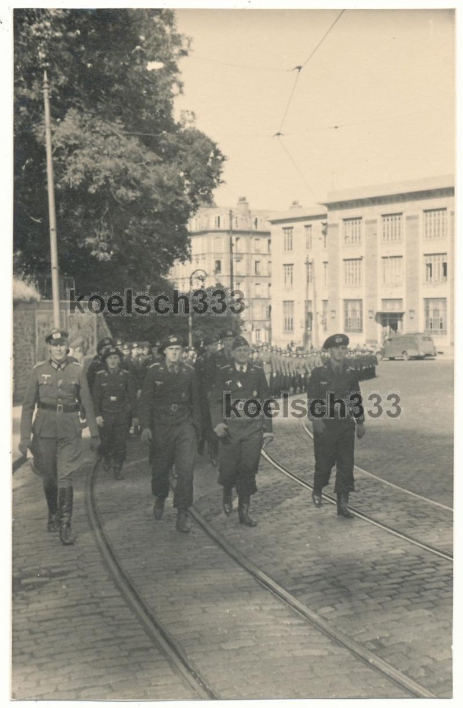 Juin 1940 à Brest... - Page 2 Brest_12