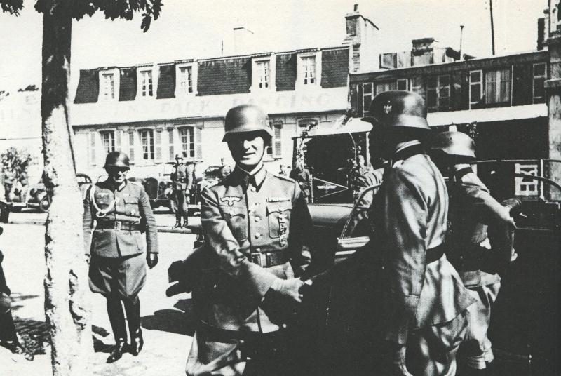 Juin 1940 à Brest... - Page 2 Brest_18