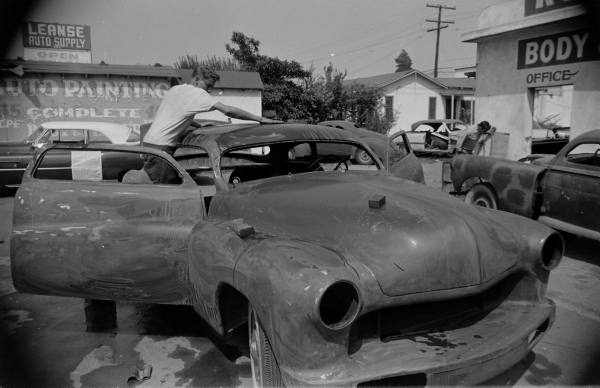 Barris kustom shop in the 1950's F3bf7110