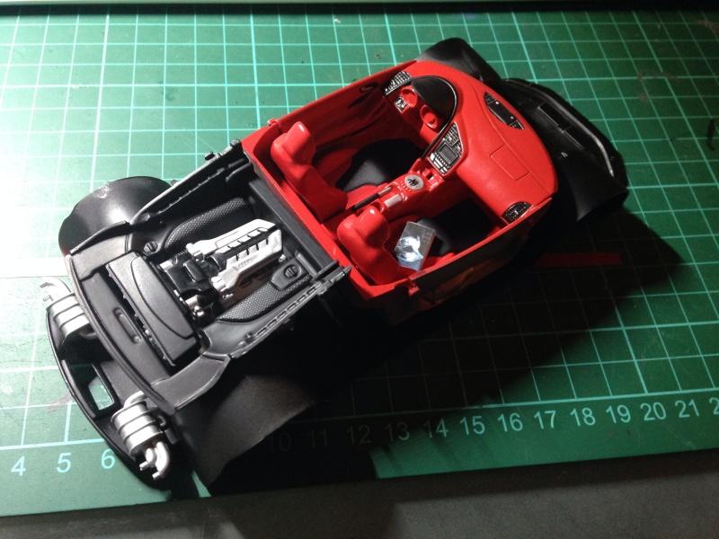 Audi R8 Revell 1/24 Image12